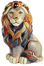 Lion Sitting # 1008 Artesania Rinconada Emerald Collection