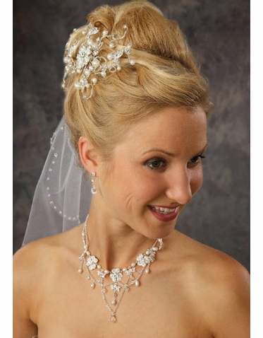 Pearl and Silver Seed Beads Bridal Comb 8028
