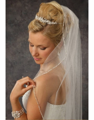 Regal Tiara with Glimmering Details 8048