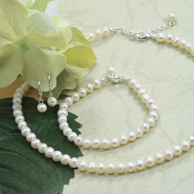 Classic 6 mm Freshwater Pearl Jewelry Set