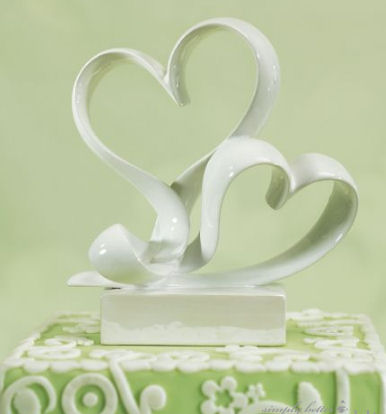 CLEARANCE: Love Link Stylized Hearts Cake Topper