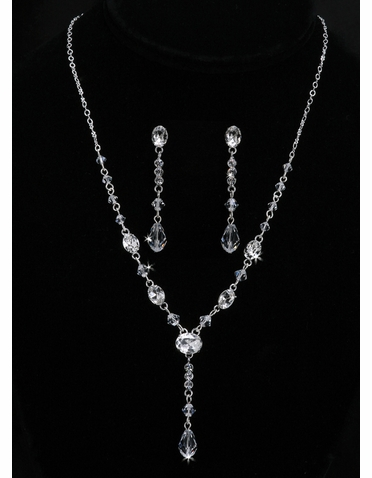 En Vogue Bridal Necklace & Earring Set NL903