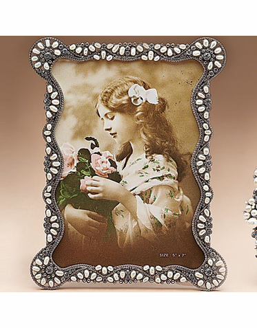 Jeweled 5 x 7 Inch Photo Frame - Perfect for Wedding Photos