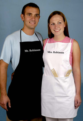 Personalized Mr and Mrs Apron Set