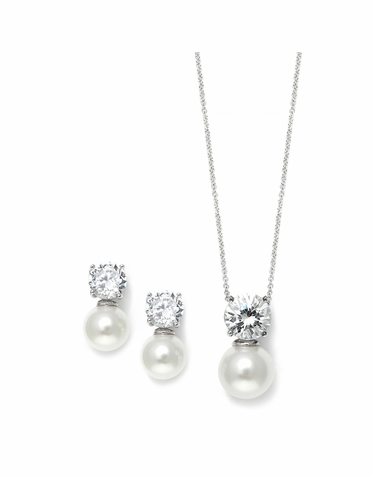 Elegant Single Cream Pearl and Zirconia Necklace Set