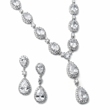 Breathtaking Round and Oval Zirconia Necklace Set
