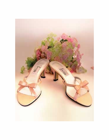 CLEARANCE SALE! Angelica Silk Wedding Shoes - Ivory 8 or Navy 6