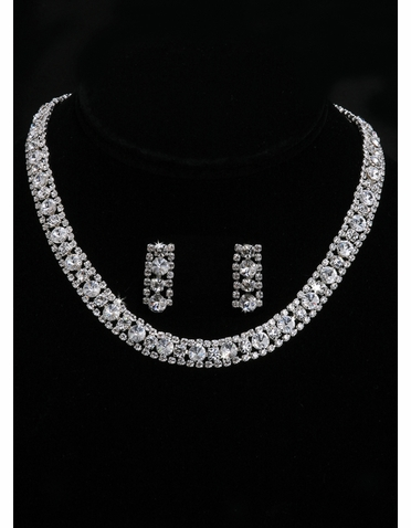En Vogue Bridal Necklace & Earring Set NL2000