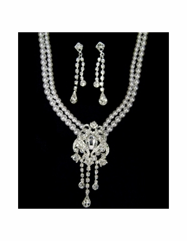 Pearl and Rhinestone Necklace and Earring Jewelry Set-520