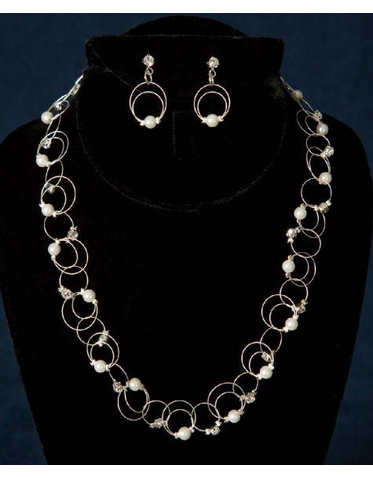 Silver Links with Pearls and Rhinestones Jewelry Set 8075EN
