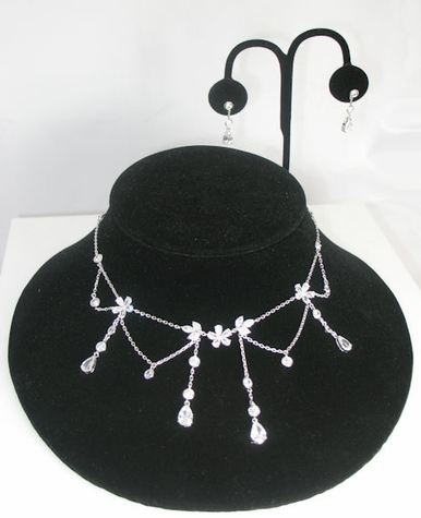 Clear Crystal Zirconia Dangle Necklace and Earrings Set