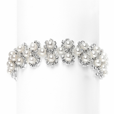 Lovely Crystal And Pearl Daisy Cluster Bracelet