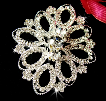 Elegant Vintage Inspired Filigree Brooch with Swarovski Crystal