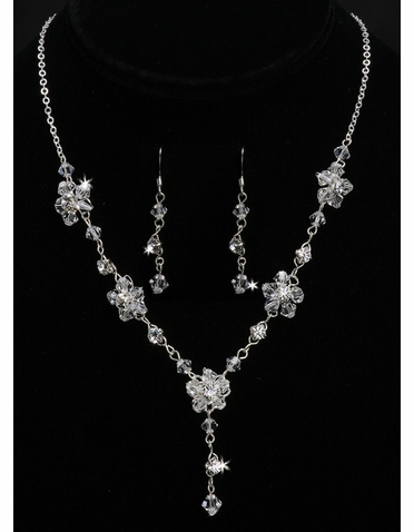 En Vogue Bridal Necklace & Earring Set NL700