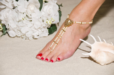Enchanting Victorian-Inspired Gold And Pearl Barefoot Sandals