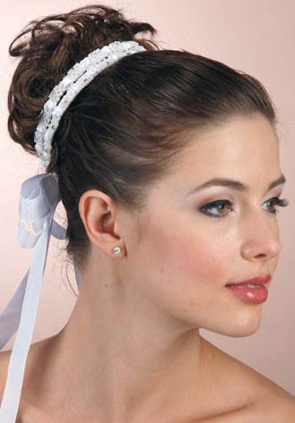 Crystal and Ribbon Bun Wrap