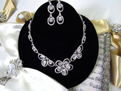 CLEARANCE: Stunning Crystal Bridal Necklace with Floral Design