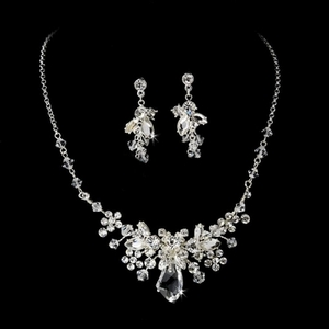 Silver Clear Jewelry Set NE 8237