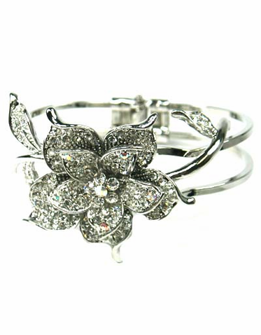 Crystal Rose Bracelet with Clasp