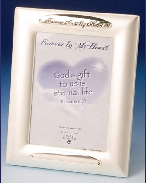 """Forever in my Heart"" Memorial Photo Frame Price includes shipping $15.00 ++++++++++++++++++ Item# 47626-M"