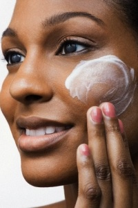 What's The Best Advice Your Black Skin Care Specialist Can Give You? - Moisturize!