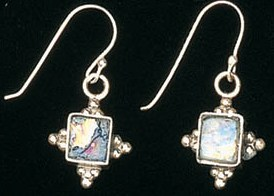 Roman glass earrings made in Israel
