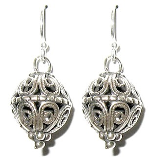 Ethnic filigree silver earrings yemenite