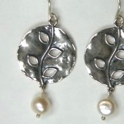 Israeli jewelry | pearl earrings | silver earrings