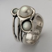 Silver jewelry pearl ring