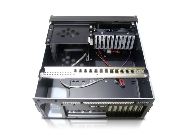 iStarUSA E-40 Military Style 4U 15 Inch Deep Rackmount Case