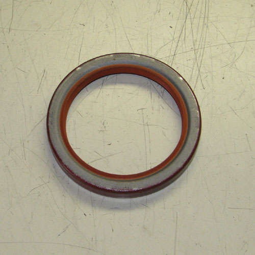 Engine Front Oil Seal For M35A2 / M54A2 Series, 10912514