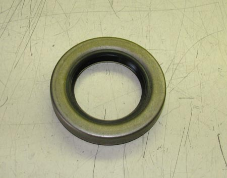 Front Axle Shaft Oil Seal For M35 Series, 7521789 / 8738032