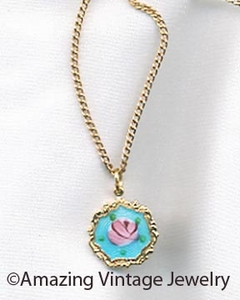 TINY GARDEN Necklace