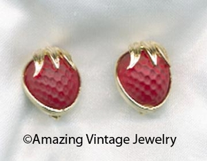 STRAWBERRY FESTIVAL Earrings