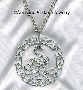 SWAN LAKE Necklace