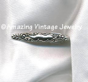ANTIQUE CLASSIC Tie Bar