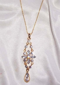 Goldtone Necklace w/Drippy Clear RS Pendant