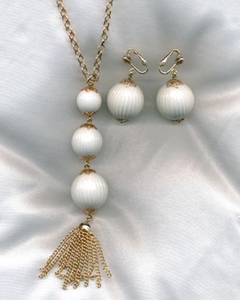 HI FASHION Necklace & Earrings Set