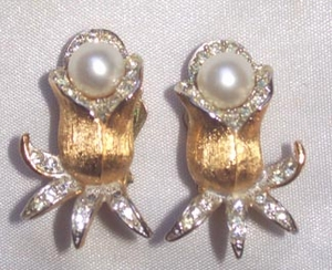 GOLDEN ICE Earrings