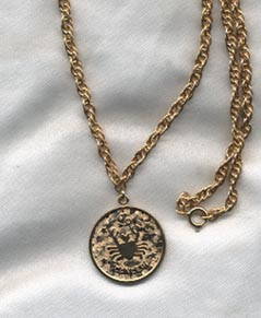 ZODIAC PENDANT Cancer