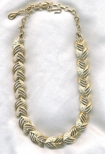 CORO goldtone Links Necklace