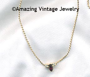 BIRTHSTONE NECKLACE - January