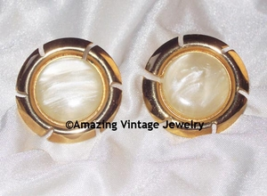 COLOR FRAME Earrings - Goldtone