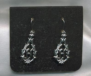 "PERSONALLY YOURS Earrings ""H"""