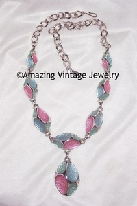 EMMONS Matte Pink/Blue Necklace