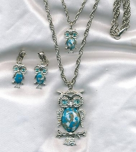 Silvertone/Turquoise Owl Necklace/Earrings