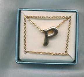 "SCHOOL DAYS Necklace ""P"""
