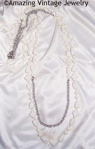HOLIDAY GARDEN Necklace - White/Silvertone