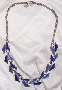 Silvertone w/Blue Thermosets Necklace