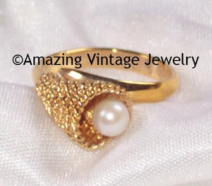 CULTURED TREASURE Ring